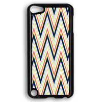 Colorful Chevron Pattern iPod Touch 5 Case