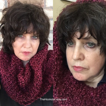 Unisex outlander cowl, knit cowl, outlander inspired knit cowl, chunky knitted cowl, Claire Fraser Randall cowl, outlander scarf, knit hood
