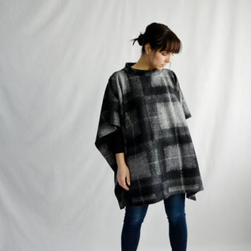 Wool poncho, grey poncho, oversized sweater,winter clothes,boho poncho,plus size clothing,wool shawl, maternity clothes