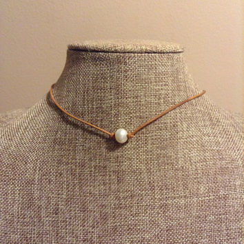 Leather and Single Freshwater Pearl Necklace Single Pearl Leather Necklace Light Brown Leather With Pearls Necklace Choker Necklace