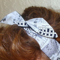 Dolly Bow, Newspaper Print Fabric, Rockabilly Flexible Wire Headband Pinup 40s hair Teens Woman Girl
