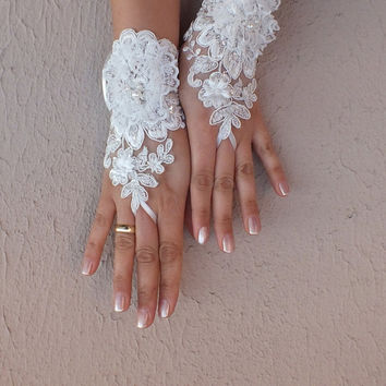 Unique Ivory and 3D white flower Wedding gloves adorned pearls french lace free ship