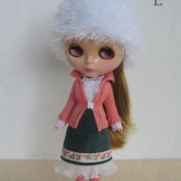 Knitted hat for Blythe doll, fluffy and soft, hand knit cap, Neo Blythe Outfit, beanie, handmade