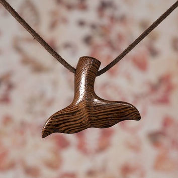 Whaletail Pendant. Sailor Charm. Whale tile necklace made of wenge wood. Seemann Anhänger. Unique Whale Tail Handcraft Jewelry.
