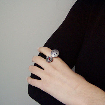 Garnet silver ring, open, two disk ring with cabochon garnet, avant garde ring with garnet gem stone, garnet statement, silver ring