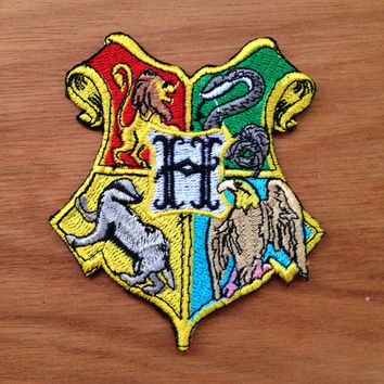 Harry Potter Hogwarts Crest Fully Embroidered iron on patch, Appliques clothing, Costume Movies patches | W2.4 x H2.55 ""