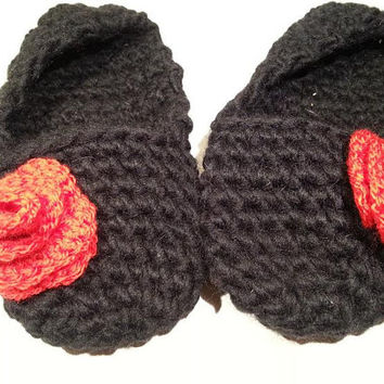 SALE, Crochet Slippers, Black Slippers with Red Roses, Blac Crochet Slippers