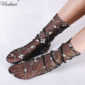 4 Colors.Women's Embroidery Flowers Socks.Lolita Ladies Candy Colors Transparent Lace Mesh Floral Socks Hosiery Gauze Sox