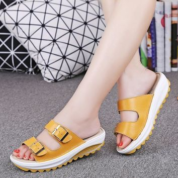 2017 New Summer Beach Slippers Sandals Casual Double Buckle Clogs Sandalias Women Slip