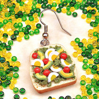 Earring sandwich avocado and egg - Mono dangle polymer clay - Single jewel play food miniature - Mini slice of bread - Fake food jewellery