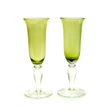 Avocado Champagne Flute Pair - Glass Stemware Goblets, Lime Green Chalice - Wedding Toast for Bride & Groom - Vintage Kitchen Serving Decor