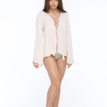 INDAH Pisces Printed Top | Nude Blur