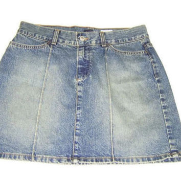 new GAP Womens STYLISHED Distressed Short Jean Skirt Size 6
