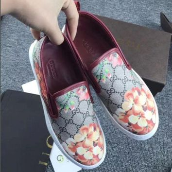 Gucci: FLOWERS DESIGN LOAFER SHOES FLAT CASUAL SHOES G-1