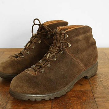 Vintage Hiking boots - Brown/Tan suede leather - made in Switzerland - Mens 8.5 US