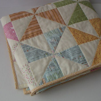Pinwheel lap quilt, nap quilt, quilt for couch or sofa