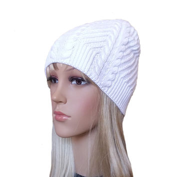 White Knit Hat Cable Pattern - Women's Knitted Beanie