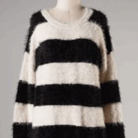 Lovely Fuzzy Striped Sweater Tunic In Black/White | Thirteen Vintage