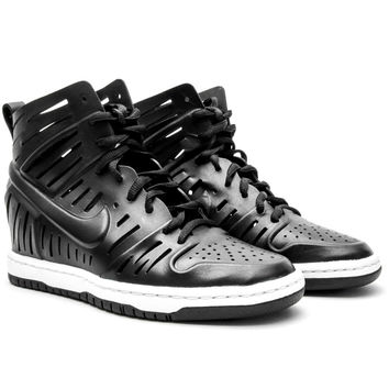 Nike Women's Dunk Sky Hi 2.0 Joli (Black/White)