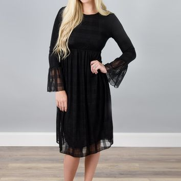 Lace Bell Sleeved Midi Dress