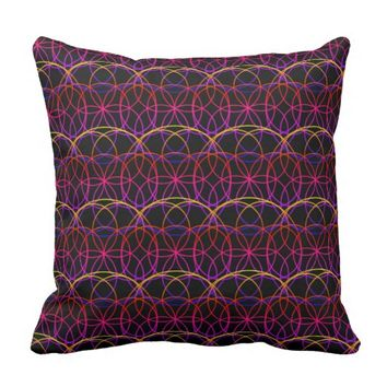 Psychedelic Effect Rings Throw Pillow / Cushion