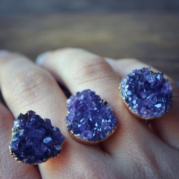 AMETHYST GALAXY /// Double Banded Druzy /// Two Finger Ring