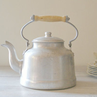 Rustic Farmhouse Teapot vintage Aluminum tea Kettle by MeshuMaSH