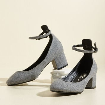 Swing Me a Song Block Heel in Pebble | Mod Retro Vintage Heels | ModCloth.com
