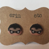 Handmade Plastic Fandom Earrings - Comic Cartoon - Robin