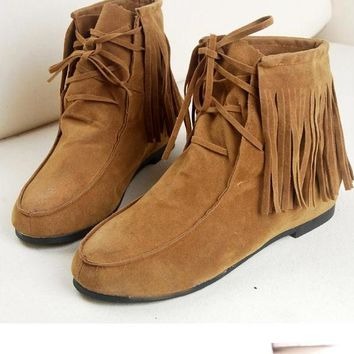 Tassels Round Toe Lace Up Short Flat Boots
