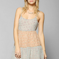 Love Sadie Tiered Babydoll Dress - Urban Outfitters