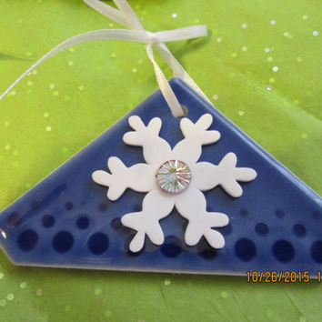Snowflakes on Blue Ceramic Tiles -  Christmas Ornaments - Set of 5