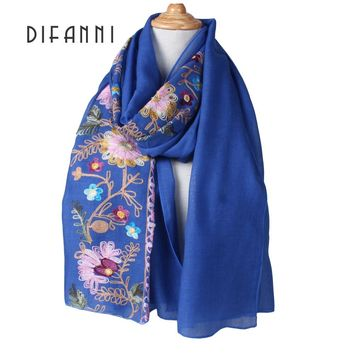 [DIFANNI] New Japanese Style Long Scarves and Shawls for Women Floral Embroidery Wraps Simple Design Mori Girls Scarfs and Wraps