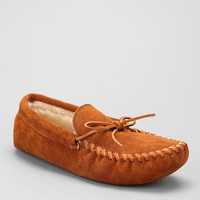 Minnetonka Pile-Lined Soft Sole Moccasin