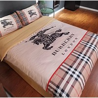 BURBERRY 4 PC Bedding Set Conditioning Throw Blanket Quilt For Bedroom Living Rooms Sofa