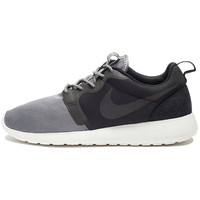 NIKE ROSHERUN HYPERFUSE QS - BLACK | Undefeated