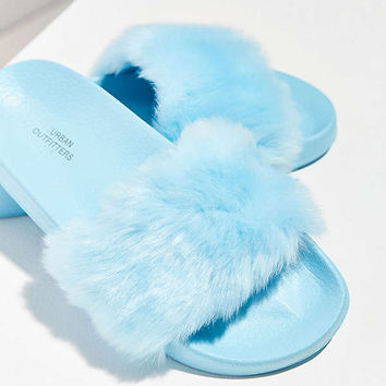 UO Faux Fur Pool Slide | Urban Outfitters