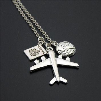 VONG2W 1pc 2017 Wanderlust Passport Earth Airplane Necklaces & Pendants Silver Travling Jewelry E1020