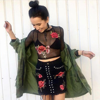 Summer Flowers Round-neck Long Sleeve Lace T-shirts [10033920707]