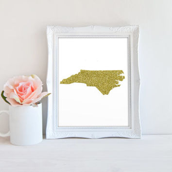 North Carolina State Gold Glitter Outline Printable, Printable Digital Wall Art Template, Instant Download, Customizeable 8x10