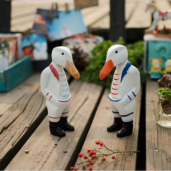 2 PCS Set Duck Brother Wood Home Table Desk Ornament Statue Figurine Gift