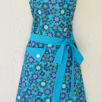 Teal Floral Apron , Womens Full Apron, Retro Style, Flower Power, KitschNStyle