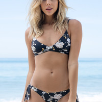 Billabong - Festival Floral Wrap Top | Black Sands