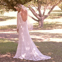 "Vintage-Like Wedding Dress Backless Crochet Lace Long Sleeved - ""Lola"""