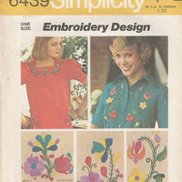 Simplicity Pattern 6439 Embroidery Design Vintage Hippy Flowers Flower Child Hippie Craft Transfer Motif 1974 Floral Fashion