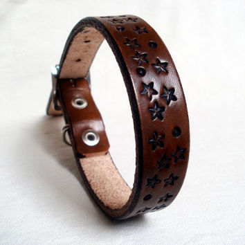 "Leather dog collar, 12"" neck, 3/4"" wide, brown leather, tooled star design"