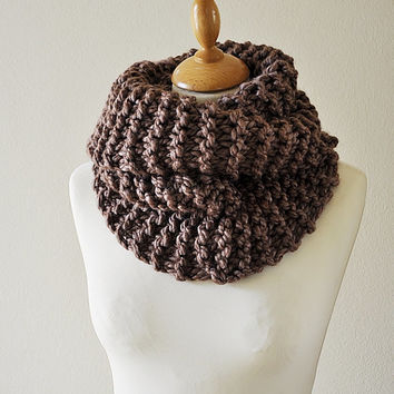 Outlander Inspired Cowl - Claire's Cowl - Outlander Knit - Brown Knit Neckwarmer - Chunky Knitted Cowl - Women's Knitwear