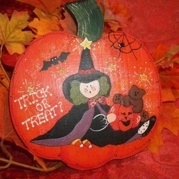 Home Decor Wall Hanging Witch Bat Spider Jack O'Lantern and Bear Trick or Treat Hand Painted Wooden Pumpkin Halloween Cute Spooky Fall