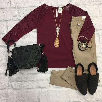 Chaille 3/4 Lace Sleeve Top: Burgundy