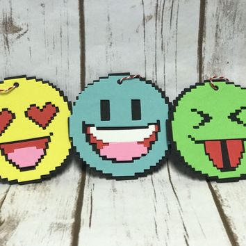 Foam Emoji Craft Kit, Party Activity, Children's Craft, Emojicons, Smilies